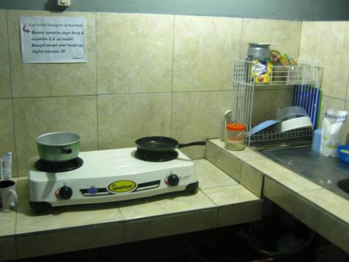 Tempat Kost Pria / Wanita / Suami-Istri di Pinang Ranti Jakarta Timur