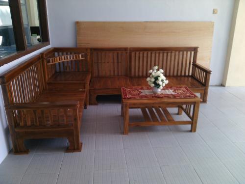 Kost Wanita Suami Istri Di Kramat Jati Jakarta Timur Town House Kasturi