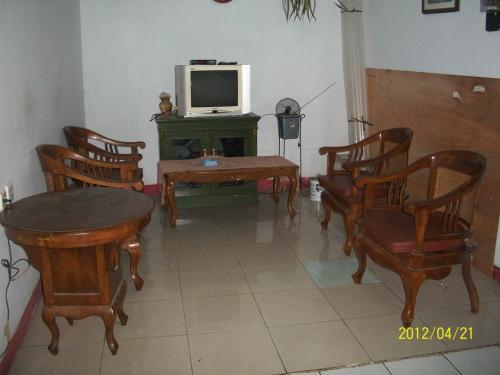 Paling Murah di Binus Syahdan Kemanggisan - AC & Kamar Mandi Dalam